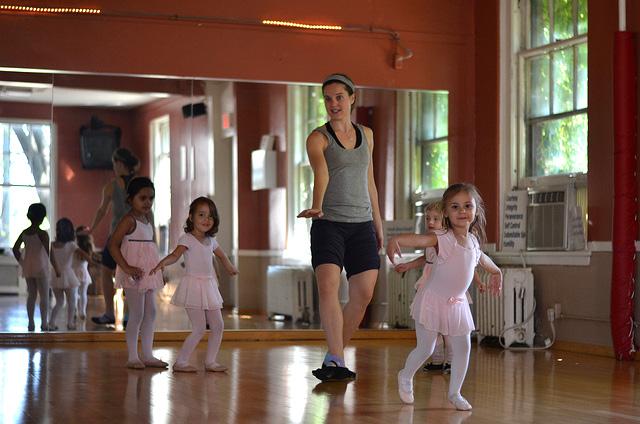 преподаване на танци