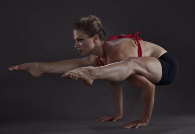 Йога в школа по танци Вероник