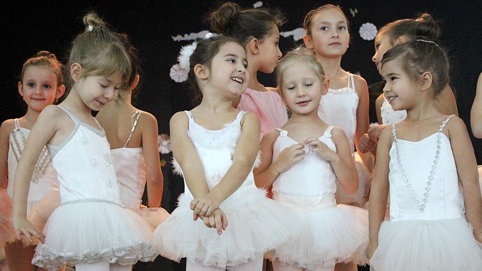 коледно тържество деца балет 2013